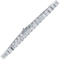 13.7 Carat Emerald Cut Diamond Tennis Bracelet