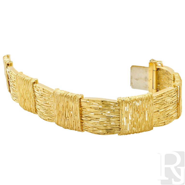 Cartier Wheat Motif 18 Karat Yellow Gold Bracelet In Excellent Condition For Sale In Coral Gables, FL