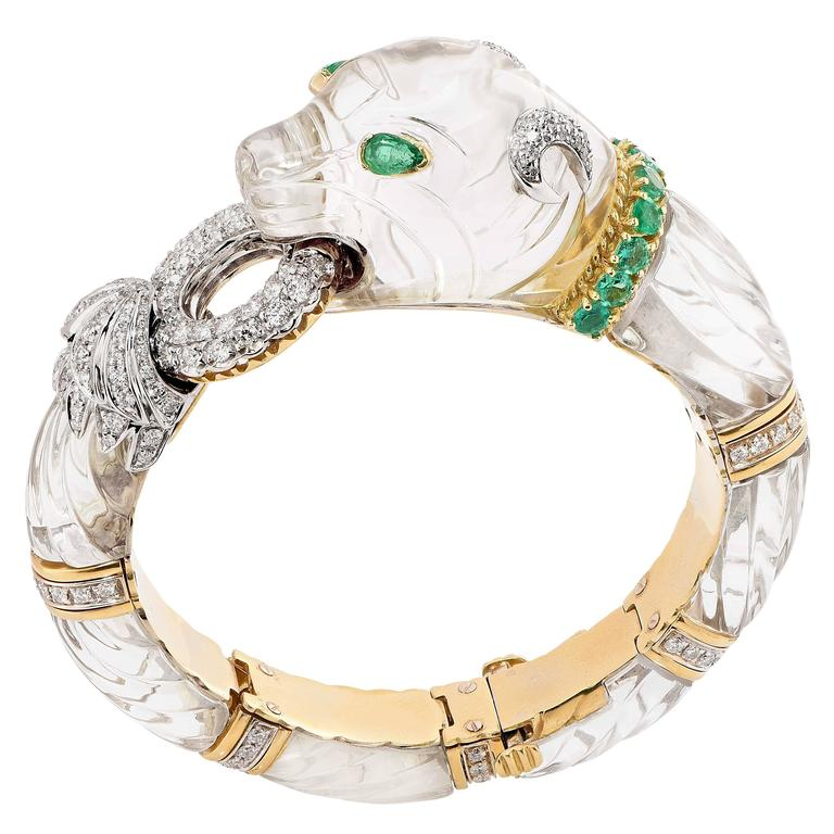 Rock Crystal Emerald Diamond Gold Panther Bangle Bracelet In Excellent Condition For Sale In Coral Gables, FL