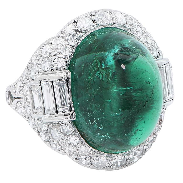 Art Deco 14.75 Carat Sugarloaf Cabochon Cut Colombian Emerald Diamond Ring 3