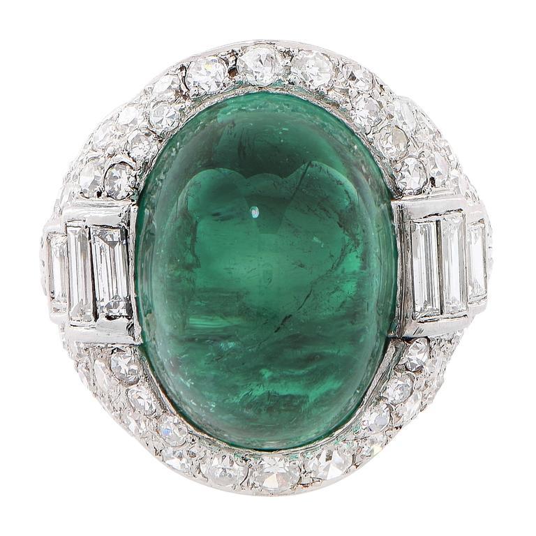 Art Deco 14.75 Carat Sugarloaf Cabochon Cut Colombian Emerald Diamond Ring 4