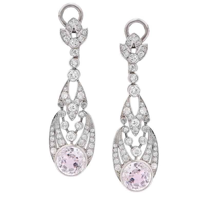 1900s Rose Quartz Diamond Platinum Ear Clips In Excellent Condition For Sale In Coral Gables, FL
