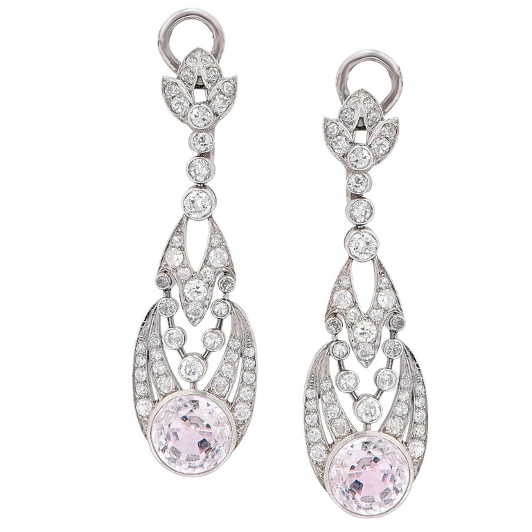 1900s Rose Quartz Diamond Platinum Ear Clips In Excellent Condition For Sale In Coral Gables, FL