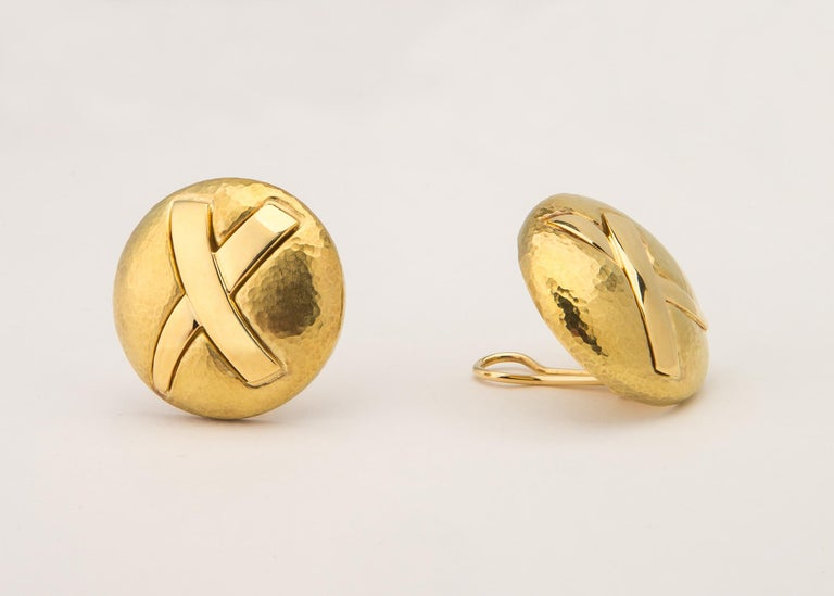 Contemporary Tiffany & Co. Paloma Picasso Gold Disc X Earrings For Sale