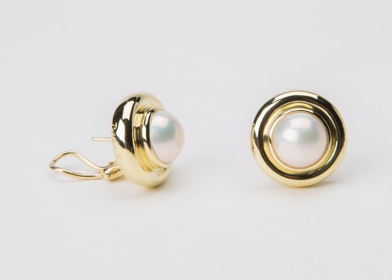 Contemporary Tiffany & Co. Paloma Picasso Pearl Gold Earrings For Sale