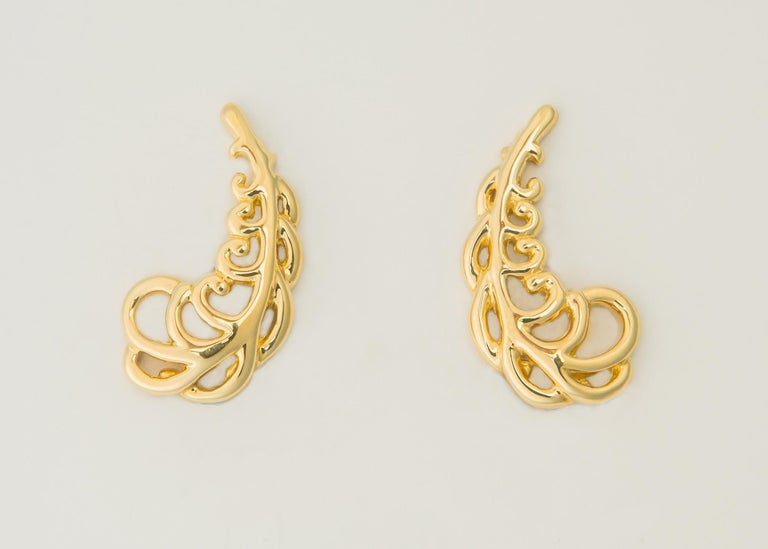 Contemporary Tiffany & Co. Paloma Picasso Gold Plume Earrings For Sale