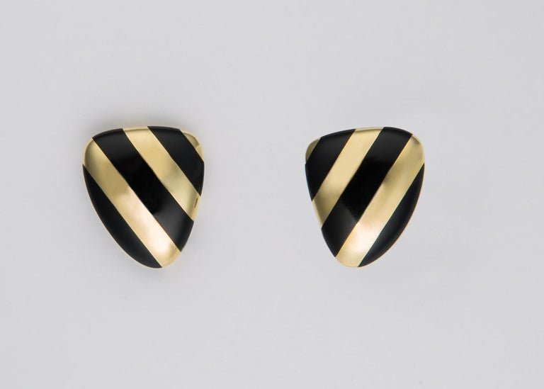 Contemporary Tiffany & Co. Black Onyx and Gold Earrings For Sale