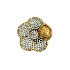 Flower Design Italian Diamonds Gold Ring
