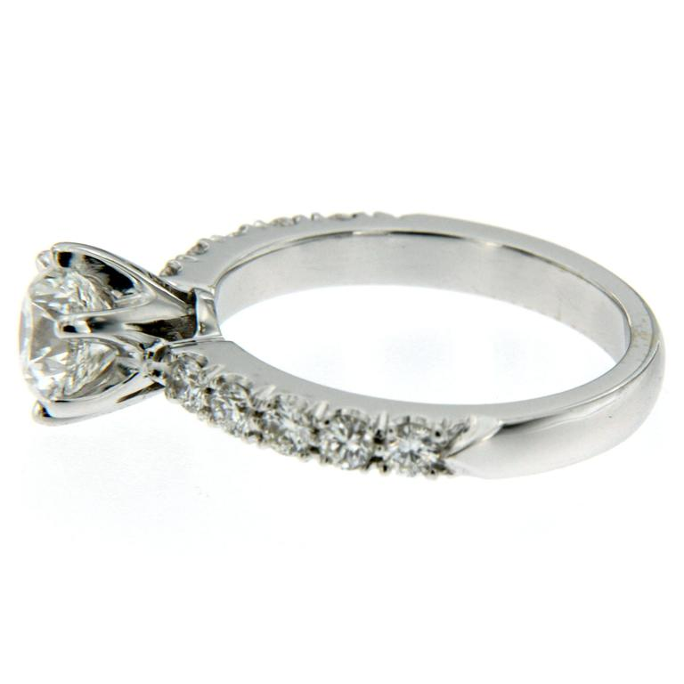 Round Cut 1 Carat IGI Cert Diamond Gold Engagement Ring