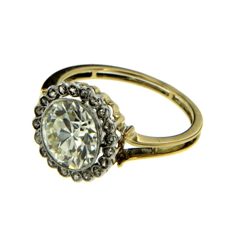 Victorian 3 Carat Diamond Gold Ring In Excellent Condition For Sale In Napoli, Italy