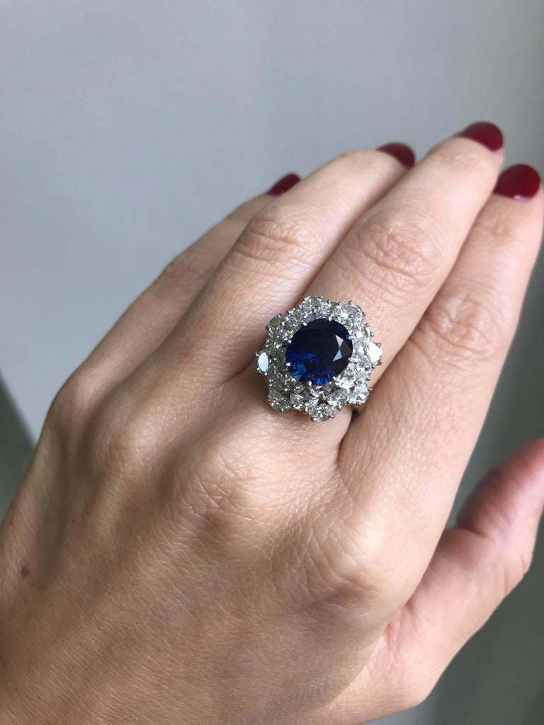 3.40 Carat Sapphire Diamond Platinum Ring For Sale 3