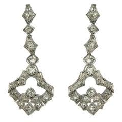 1930s Art Deco 5.50 Carat Diamond Gold Drop Earrings