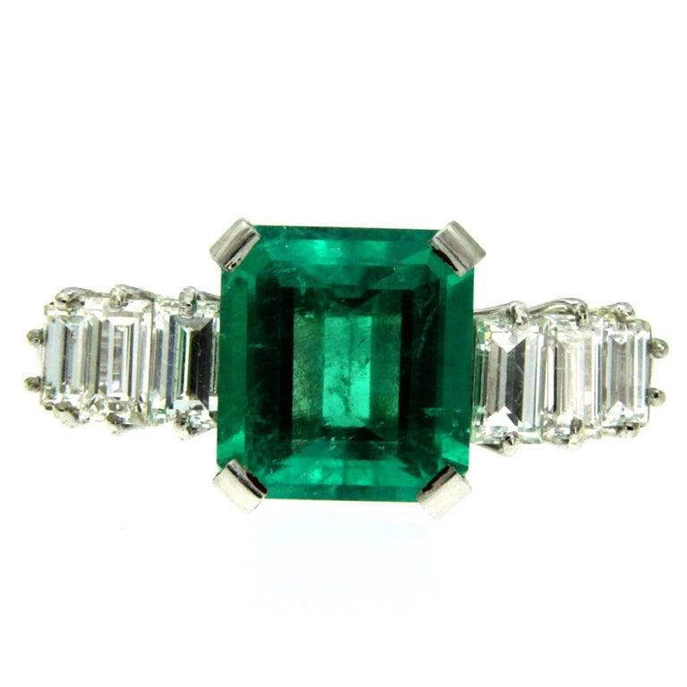Art Deco Certified 3.25 Carat Colombian Emerald Diamond Platinum Ring