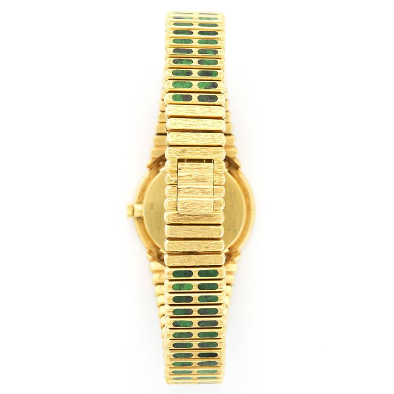 Piaget Ladies Yellow Gold Nephrite Jade Bracelet Wristwatch In Excellent Condition For Sale In Beverly Hills, CA