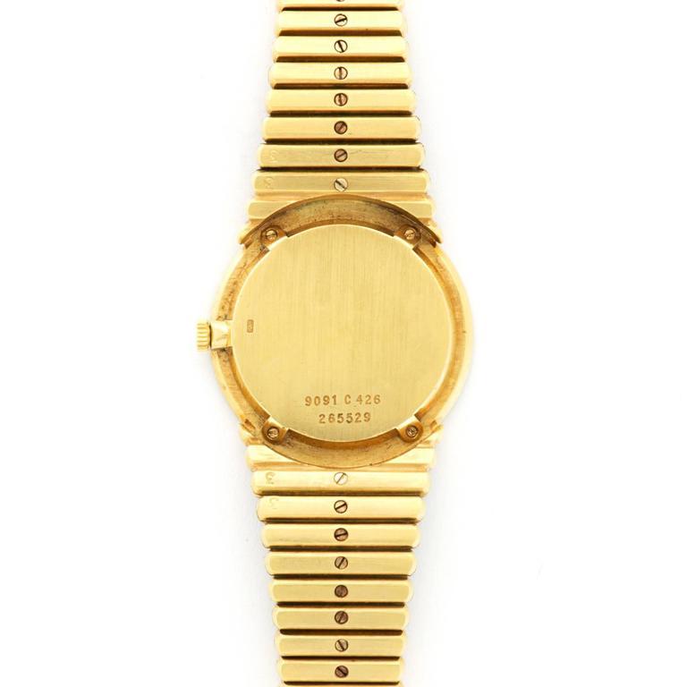 Women's or Men's Piaget Ladies Yellow Gold Nephrite Jade Bracelet Wristwatch For Sale