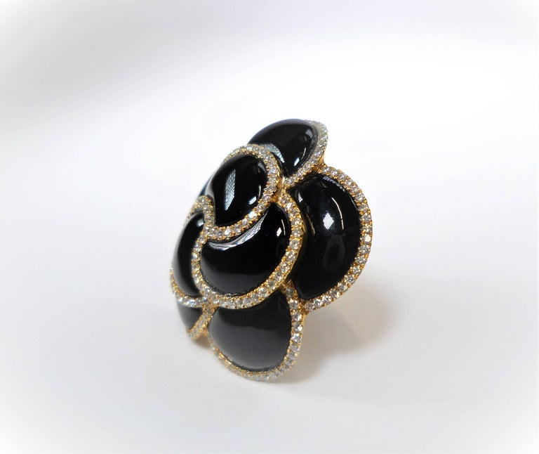 Diamond and Onyx Flower Earrings In As new Condition For Sale In Frankfurt, DE
