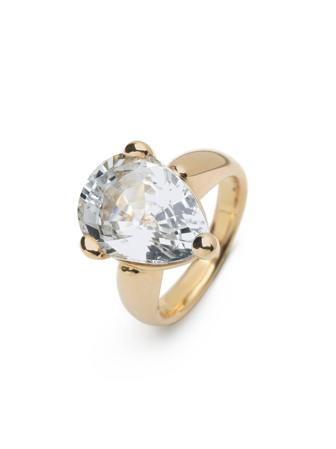 Morganite Gold Three Stone Ring For Sale at 1stdibs