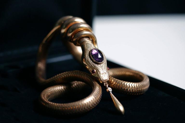 Victorian Flexible Serpent Necklace 4