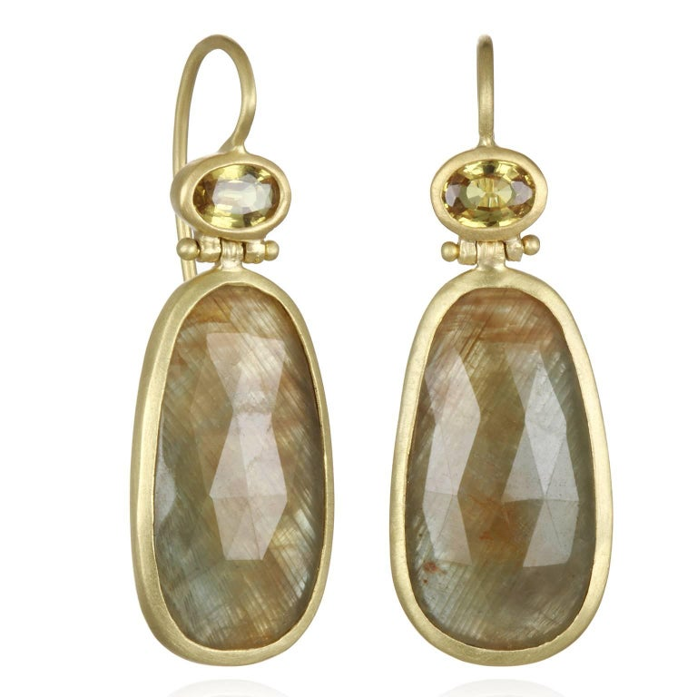 Faye Kim Bezel Hinge Yellow Sapphire Drop Earring For Sale