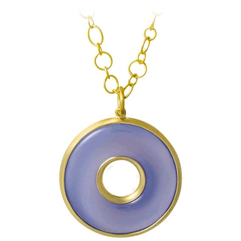 Faye Kim 18 Karat Gold Chalcedony Circle Pendant Necklace For Sale