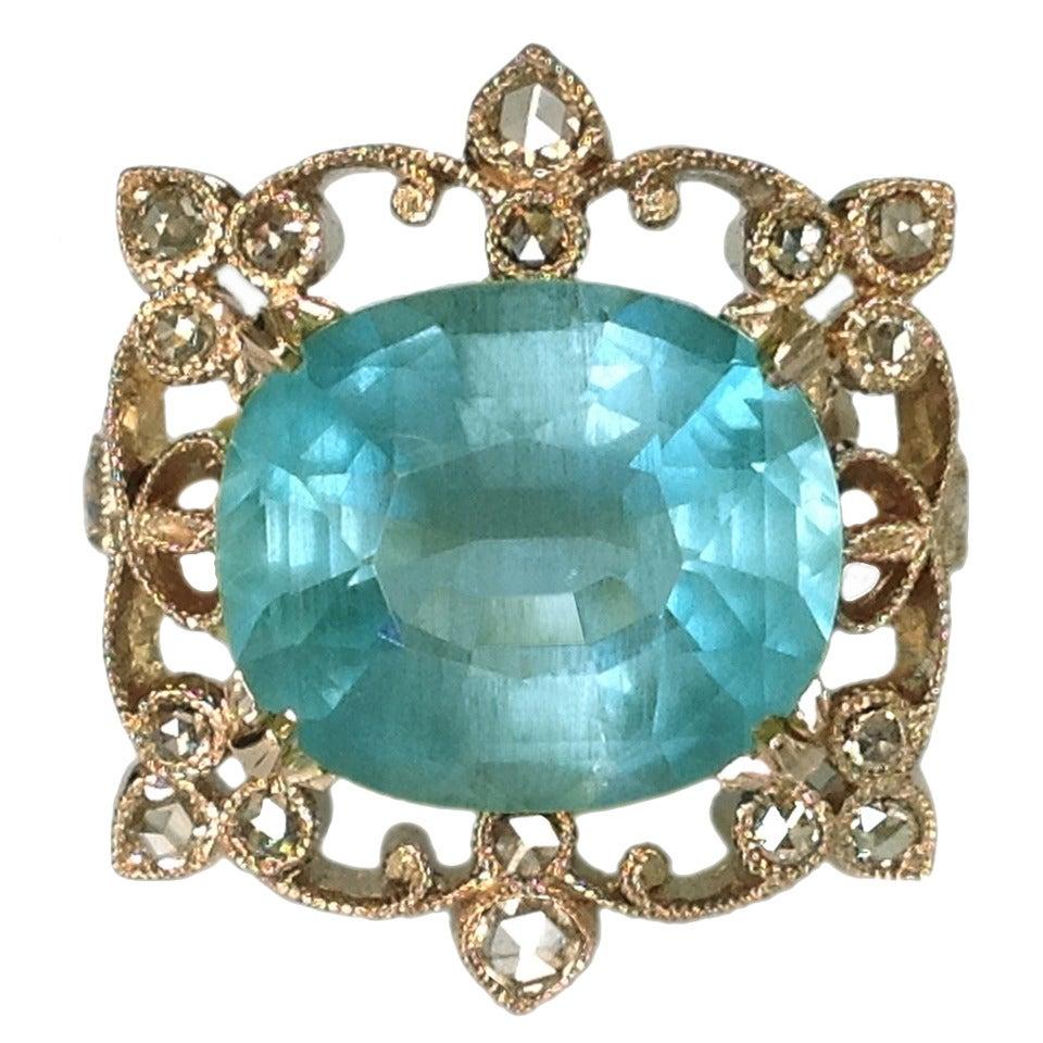 Dalben Aquamarine and Brown Diamond Gold Ring