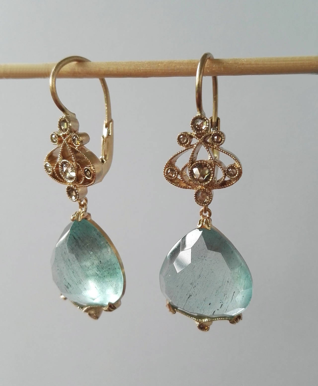 Dalben Aquamarine Diamond Gold Earrings In As new Condition For Sale In Como, IT