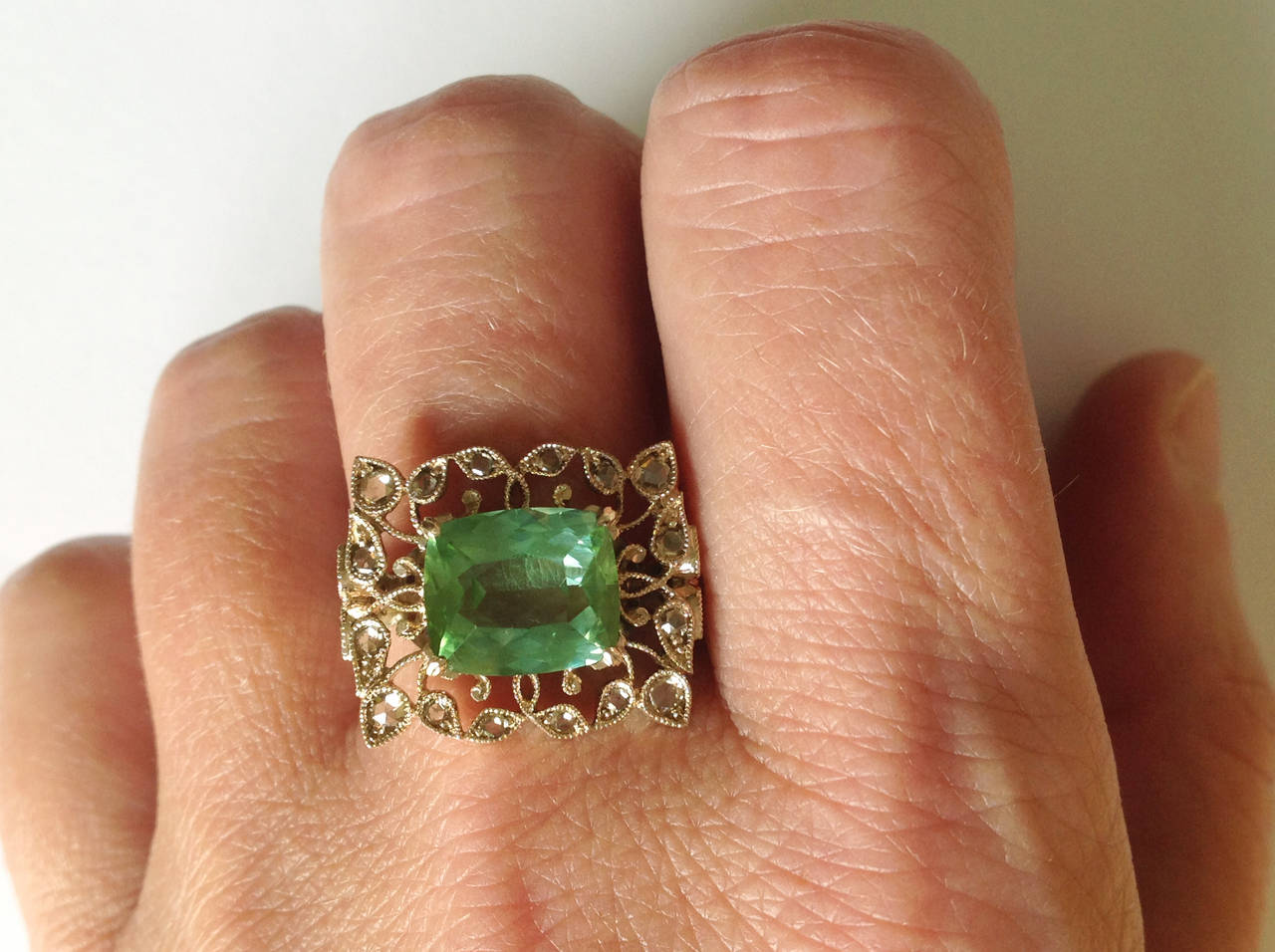 Dalben Green Tourmaline Rose Cut Diamond Gold Fashion Ring For Sale 4