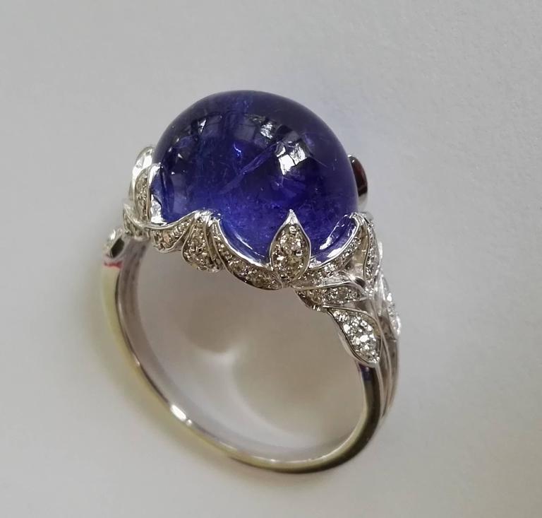 Dalben Tanzanite Diamond Gold Ring In As New Condition For Sale In Como, IT