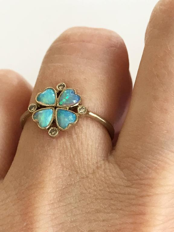 Dalben Opal Diamond and Gold Four-Leaf Clover Little Ring In New Condition For Sale In Como, IT