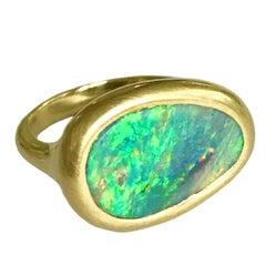 Dalben Australian Opal Yellow Gold Ring