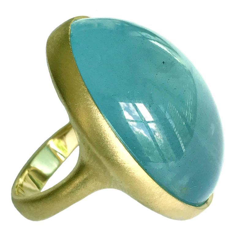 Dalben Magnificent Cabochon Aquamarine Yellow Gold Ring For Sale