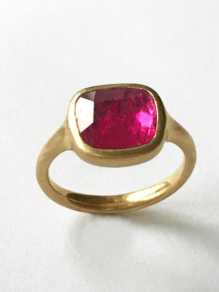 Dalben Square Rose Cut Slice Ruby Yellow Gold Ring In New Condition For Sale In Como, IT