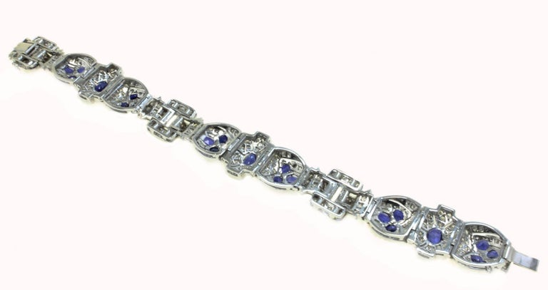 Diamonds Art Deco White Gold and Sapphires Bracelet In Good Condition For Sale In Napoli, IT