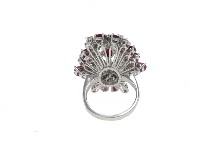 Ruby Diamond Gold Dome Ring In Good Condition For Sale In Marcianise, Marcianise (CE)