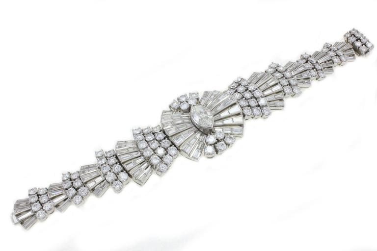 Retro Diamond Platinum Bracelet In Good Condition For Sale In Marcianise, Caserta