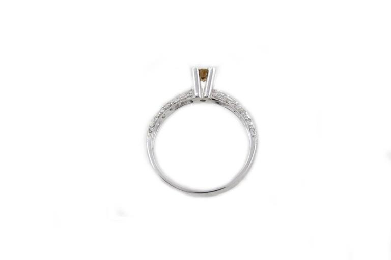 Modern Diamonds Solitaire Gold Ring For Sale