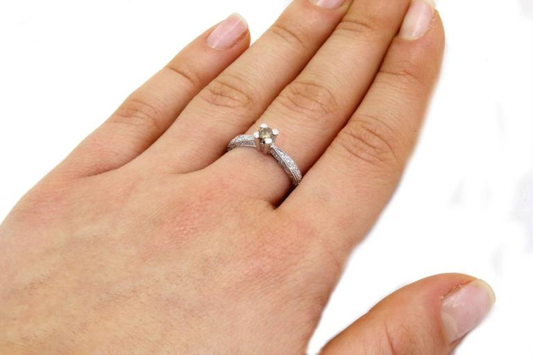 Women's Diamonds Solitaire Gold Ring For Sale