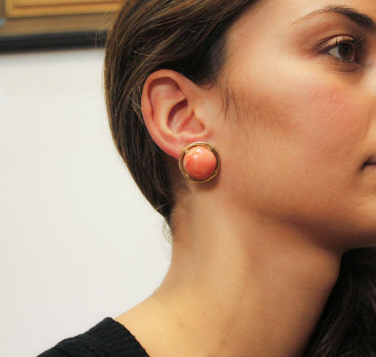 Button Coral Gold Clip-On Earrings For Sale 2