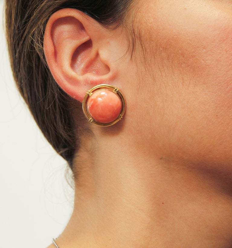 Button Coral Gold Clip-On Earrings For Sale 3