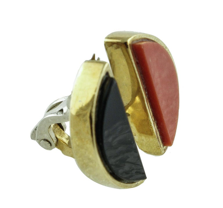 Retro  Coral Onyx Gold Clip-On Earrings For Sale