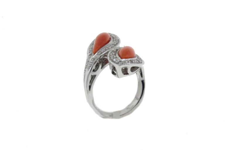 White Diamonds Coral Fashion Gold Ring In Good Condition For Sale In Napoli, IT