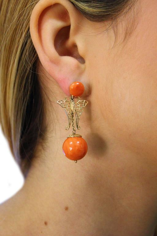 Coral Sphere Diamond Gold Earrings In Good Condition For Sale In Marcianise, Caserta