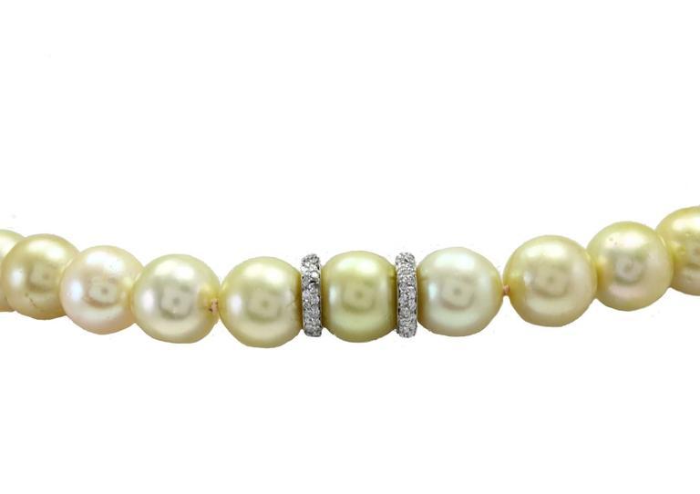 Australian Pearl Diamond Gold Necklace In As New Condition For Sale In Marcianise (CE), IT