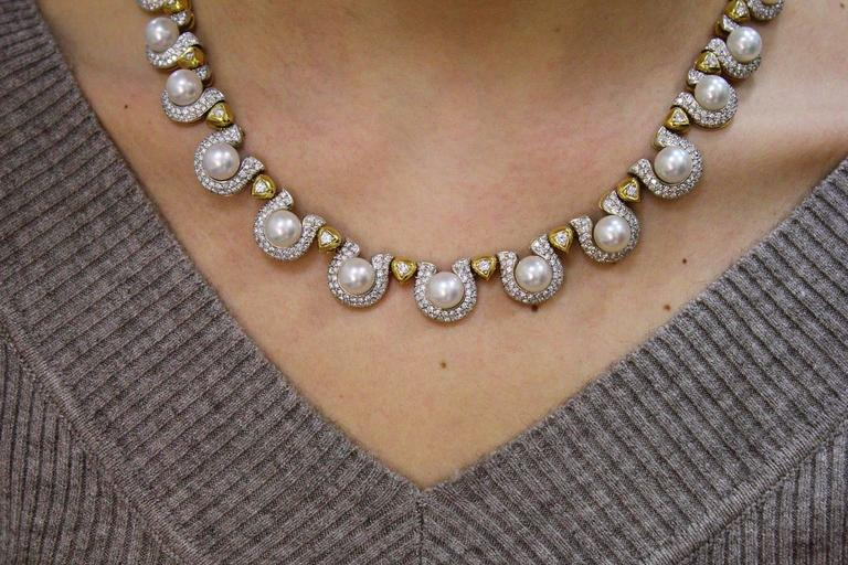 Pearl Diamond Gold Necklace In Good Condition For Sale In Marcianise, Caserta