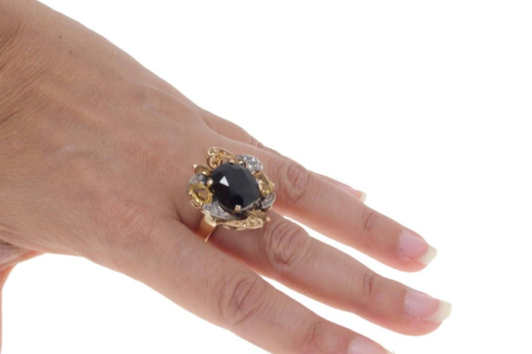 Diamond, Australian Blue Sapphire, Yellow Sapphires Rose Gold and Silver Ring In Good Condition For Sale In Marcianise, Caserta