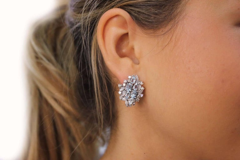 Luise Aquamarine and Diamonds Stud Gold Earrings In As New Condition For Sale In Marcianise (CE), IT