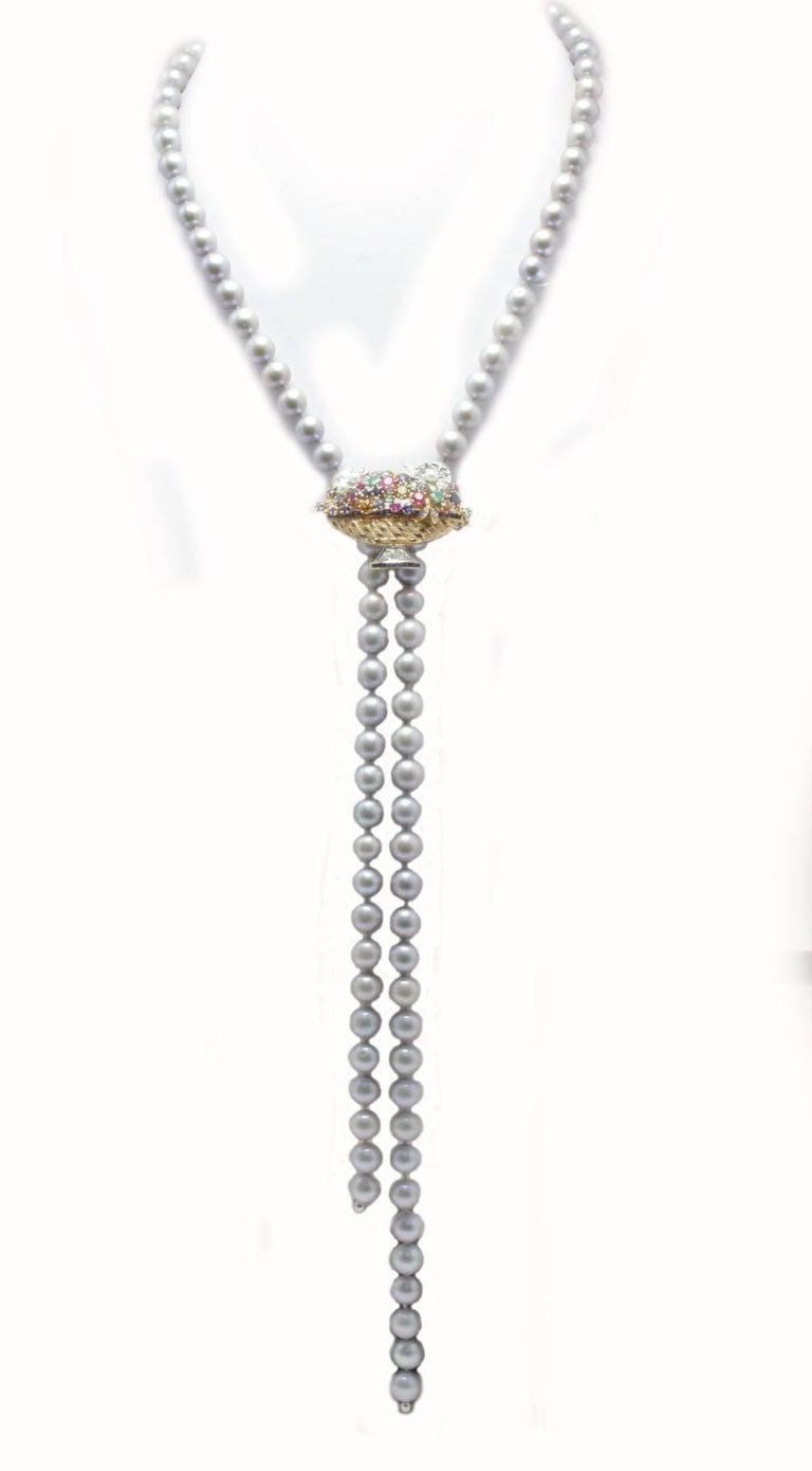 Grey Pearl and Multi Gemstones and Gold Clasp Necklace In Good Condition For Sale In Napoli, IT