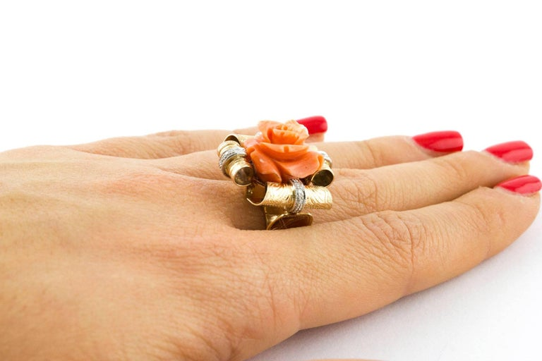 Diamonds and Natural Coral Flower Engraved Rose Gold Fashion Ring  For Sale 1