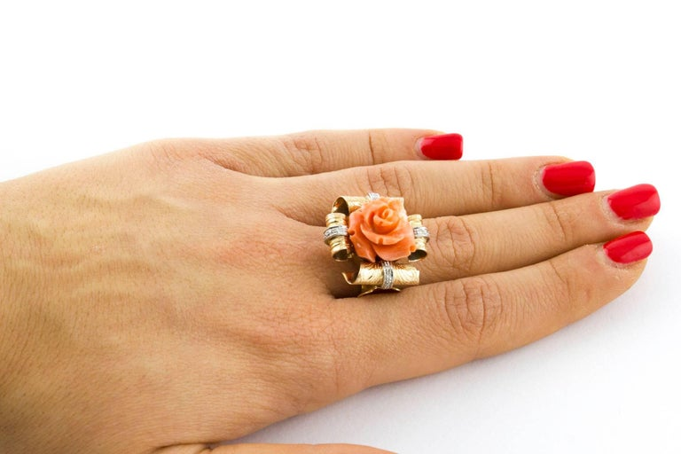 Diamonds and Natural Coral Flower Engraved Rose Gold Fashion Ring  For Sale 2