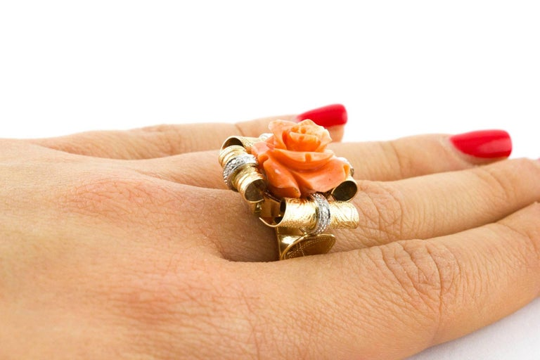 Diamonds and Natural Coral Flower Engraved Rose Gold Fashion Ring  For Sale 3